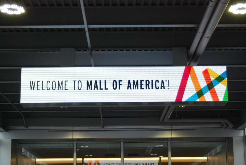 Leroy signs - Mall of America